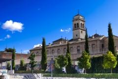 Iglesia_de_San_Jeronimo_vista_desde_parque